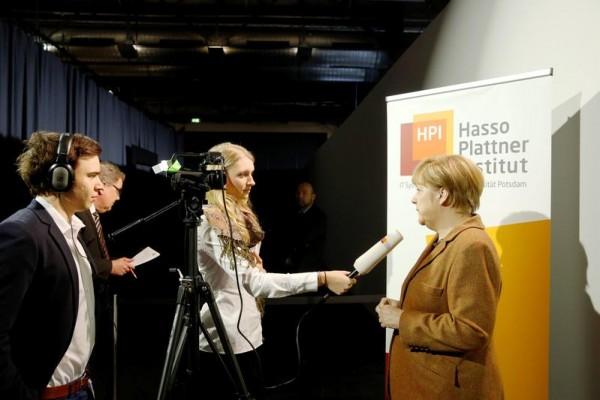 Exklusiv-Interview für IT-Gipfelblogger des Hasso-Plattner-Instituts (HPI): Bundeskanzlerin Angela Merkel HPI/K. Herschelmann